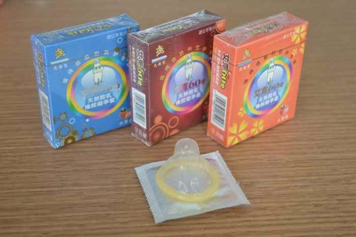 Custom Fitted Natural Latex G Spot Condom , Different Colored long duration condoms