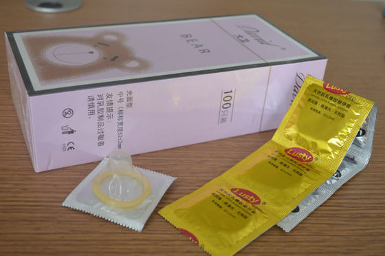 China Chocolate / Banana Flavored Condoms , Delay Ejaculation Condoms Sex Products distributor