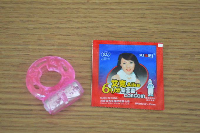 Long Time Electronic Female Vibrating Condom , Adult Love Ring Vibrator